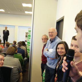 Onze stagiaire Steven krijgt het woord tijdens het #warmwelkom op het D66 congres.